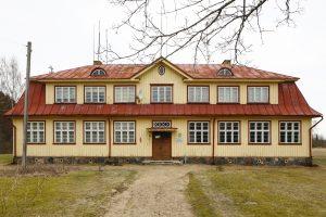 Saulepi endine koolimaja Pärnumaal