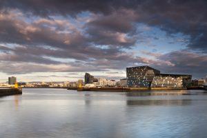 Reykjaviki kontserdimaja. Mies van der Rohe preemia 2013. Arhitekt Henning Larsen. Foto: Nic Lehoux